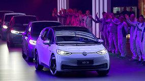 "Istorinė diena: ""Volkswagen"" pradeda kaip bandeles kepti elektromobilius ID.3"