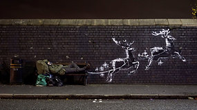 Internete greitai išplito abejingų nepaliekantis garsiojo Banksy kūrinys – išryškina ne itin džiugią realybę