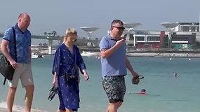 Skaitytojai nufilmavo Dubajuje atostogaujantį A.Guogą
