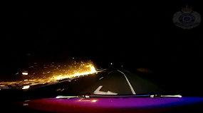 Australijos greitkelyje – vilkikas su ugnies šleifu