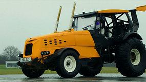 """Greičiausio pasaulyje traktoriaus rekordą pagerino """"Aukščiausios pavaros"""" komanda"""