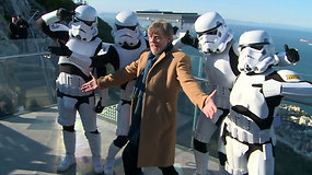 """""""Žvaigždžių karų"""" gerbėjams pramoga 340 m aukštyje – stiklinė platforma """"The Skywalk"""""""