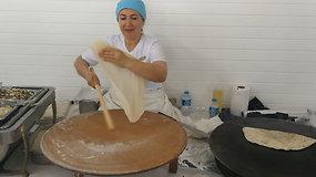 Kaip gaminami gözleme – turkiški blyneliai