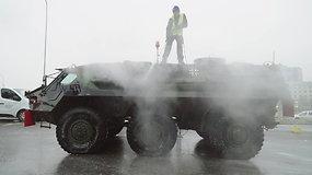 Karinė technika ruošiama Lietuvos kariuomenės šimtmečio paradui
