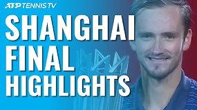 """ATP """"Masters"""" turnyro Šanchajuje finalas: D.Medvedevas nepaliko vilčių A.Zverevui"""