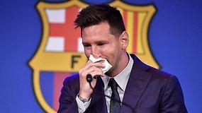 Jausmingoje spaudos konferencijoje – audringos ovacijos ir nesuvaidintos L.Messi ašaros