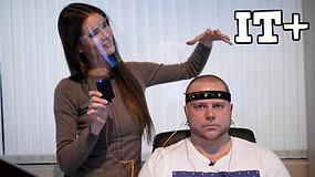 """IT+: """"čipas"""" smegenyse leidžia mintimis valdyti kompiuterį. Robotas implantą įdėtų vos per valandą."""