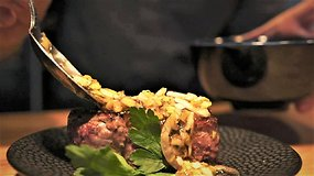 """""""Norfa"""" kartu su Deivydu Praspaliausku: bulvių sriuba su saliamiu ir grietinėle"""