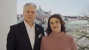 Prezidentas G. Nausėda su žmona Diana sveikina Lietuvą su artėjančiomis šv. Velykomis