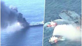 Naftą gabenusiame tanklaivyje jau antrą dieną siaučia ugnis – vienas įgulos narys žuvo