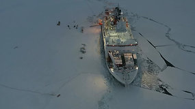 Iš didžiausios visų laikų  ekspedicijos į Arktį mokslininkai grįžo sunerimę: tai, ką ten pamatė – visai nedžiugina