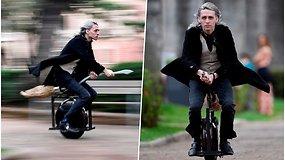 """Kada nors svajojote paskraidyti Hario Poterio šluota? Šis noras jau tapo realybe – šluota """"skrenda"""" 60 km/val. greičiu"""