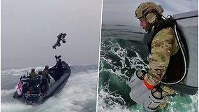 Skraidantis kostiumas išbandytas karinėse pratybose – taps daugelio specialiųjų pajėgų priemone
