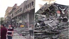 Izraelis smogė Gazos gyvenamiesiems namams ir bokštui, kuriame įsikūrusios žiniasklaidos priemonės