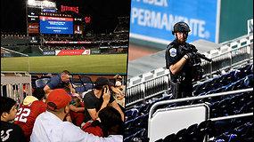 Per beisbolo varžybas pasigirdo šūviai – žmonių minios skubiai paliko tribūnas