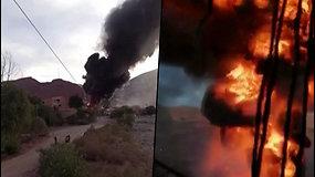 Nufilmuotas dramatiškas sprogimas Bolivijos kuro saugykloje