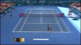 Ana Ivanovič iškopė į finalą Brisbene