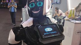 """""""Promobot"""" siūlomas pakeisti gidus, konsultantus"""