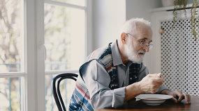Alzheimeris – klastinga liga, paliečianti visą šeimą: kaip padėti sergančiajam ir artimiesiems?