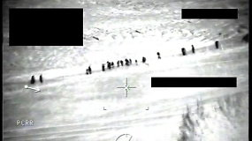 Užfiksavo, kaip migrantai palydimi iki pat Lietuvos sienos – galimai padeda Baltarusijos pasienio pareigūnai