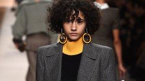 """Pagrindiniai """"Fendi kolekcijos koziriai – elegantiška, rafinuota, neperkrauta ir labai moteriška"""