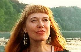 """""""Kvėpavimas į marmurą"""" autorė L.S.Černiauskaitė: """"Kinas pratęsia komercinį knygos gyvenimą"""""""