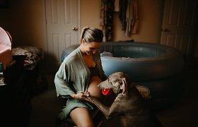 Fotografė Brittani Taylor įamžino gimdymą namuose