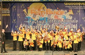 """Vilniaus vaikų ir jaunimo orkestras """"Jovaras"""" sužibėjo orkestrų festivalyje Italijoje"""