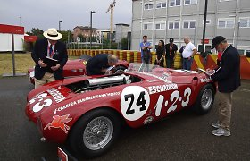 """Magiškas, unikalus: """"Ferrari"""" stilingai švenčia 70-ąjį gimtadienį"""