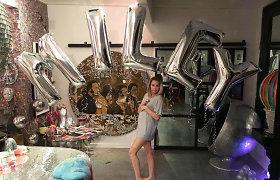25-ąjį gimtadienį švenčianti Miley Cyrus užminė mįslę: ji laukiasi kūdikio?