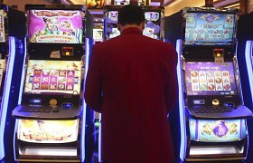 Latvijos finansų ministerija skaičiuoja iždo nuostolius dėl galimo lošimo įstaigų uždarymo