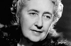 Detektyvo žanro klasikė Agatha Christie: nuo karo seselės iki vienos pirmųjų banglentininkių