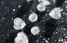 Už deimantus kietesnis stiklas? Mokslininkai sukūrė ypatingą medžiagą