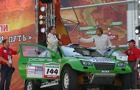 """""""OSCar"""" automobiliai Dakare ir kitose lenktynėse"""