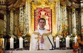 Nauji kunigų paskyrimai: Robertas Šalaševičius nebevadovaus Vilniaus arkikatedrai, o Ričardas Doveika siunčiamas į Pilaitę