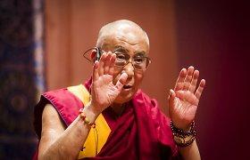 """Rygoje viešėjęs Dalai Lama apie įvykius Ukrainoje: """"Jokia prievarta negali būti pateisinta"""""""
