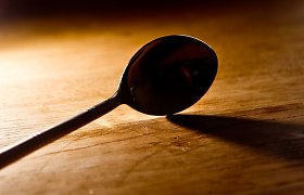 Šiaulių areštinėje sulaikytasis teigė prarijęs šaukštą