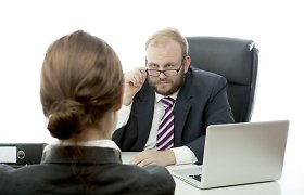 """Bedarbio dalia – užgauliojimai ir pažeminimas: """"Tai tu toks durnas, kad net CV nemoki susikurti?"""""""