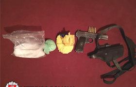 Sulaikytas marijampolietis, siejamas su organizuotu nusikalstamumu: ginklas, kokainas, traktoriaus dalys