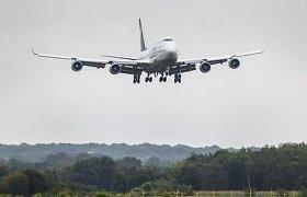 """""""Lufthansa"""" ketina naikinti dar beveik 30 tūkst. darbo vietų"""