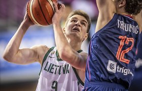 Devyniolikmetis lietuvis sulaukė A.Džikičiaus pasitikėjimo: pasirašė ilgalaikę sutartį su ACB komanda