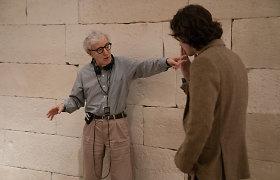 Naują komediją pristatančio 83-ejų Woody Alleno gyvenime vis dar yra pirmų kartų