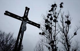 Lenkijos vyskupas atsistatydino dėl lytinio išnaudojimo dangstymo