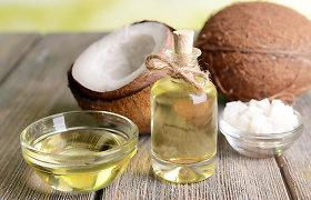 """Mitybos specialistas išvardijo mitus apie riebalus: ką reikia žinoti apie kokosų aliejų ir """"ghi"""" sviestą"""