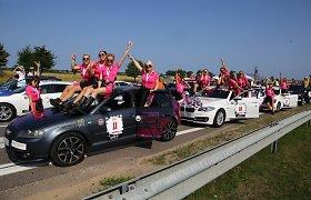 """""""Women's Garage"""" komanda papasakojo, kas jas traukia į automobilių renginius moterims"""