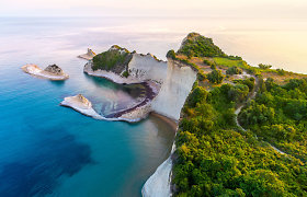 """""""Air Baltic"""" po mėnesio pasiūlys skrydžius į Graikijos Korfu salą"""