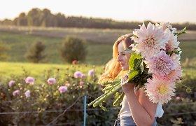 """Angelina turi keturis mėnesius, kad išaugintų įspūdingą gėlių ūkį – didžiausių iššūkių pateikia gamta ir gyvūnai: """"Ėda gėles kaip salotas"""""""