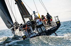 """Istorinis startas: """"Ambersail-2"""" pradeda kovą """"The Ocean Race Europe"""" varžybose"""