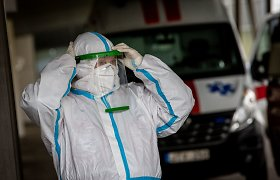 Koronavirusas: ko europiečiai išmoko per metus su COVID-19 infekcija