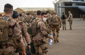 Prancūzija iš Sachelio išves daugiau kaip 2 tūkst. karių